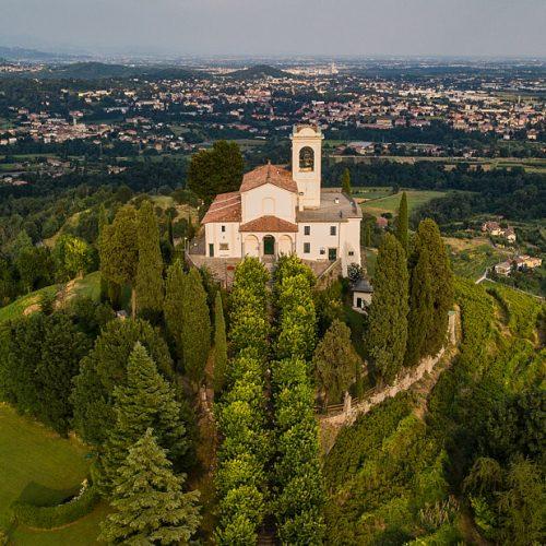 Santuario della Madonna del Carmelo a Montevecchia